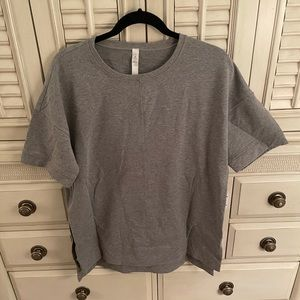 Lululemon short-sleeve sweatshirt, gray, size 10